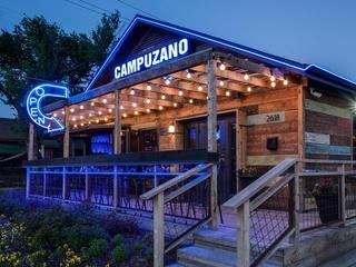 Exterior-of-Campuzano-restaurant-in-Dallas_084758